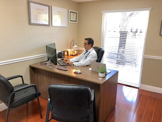 Medical Center Internal Medicine Physician Broward County